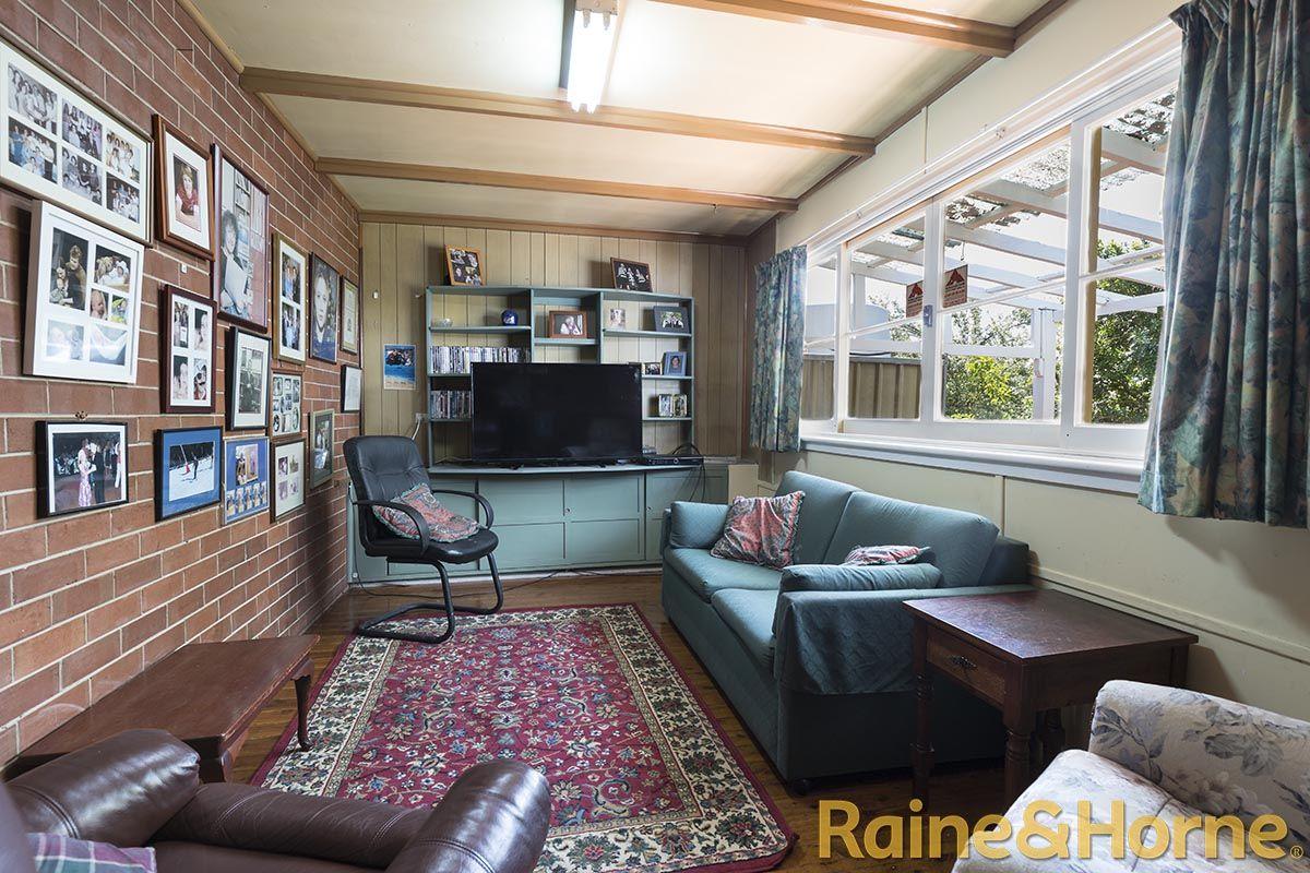 126 Bultje Street, Dubbo NSW 2830, Image 2