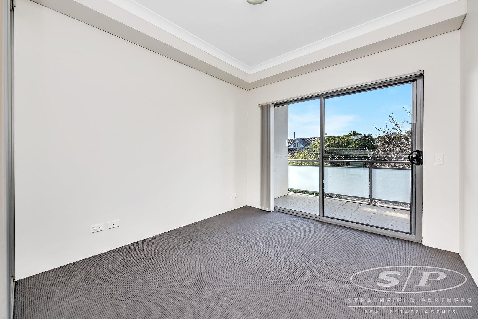 22/37-43 Eastbourne  Road, Homebush West NSW 2140, Image 1