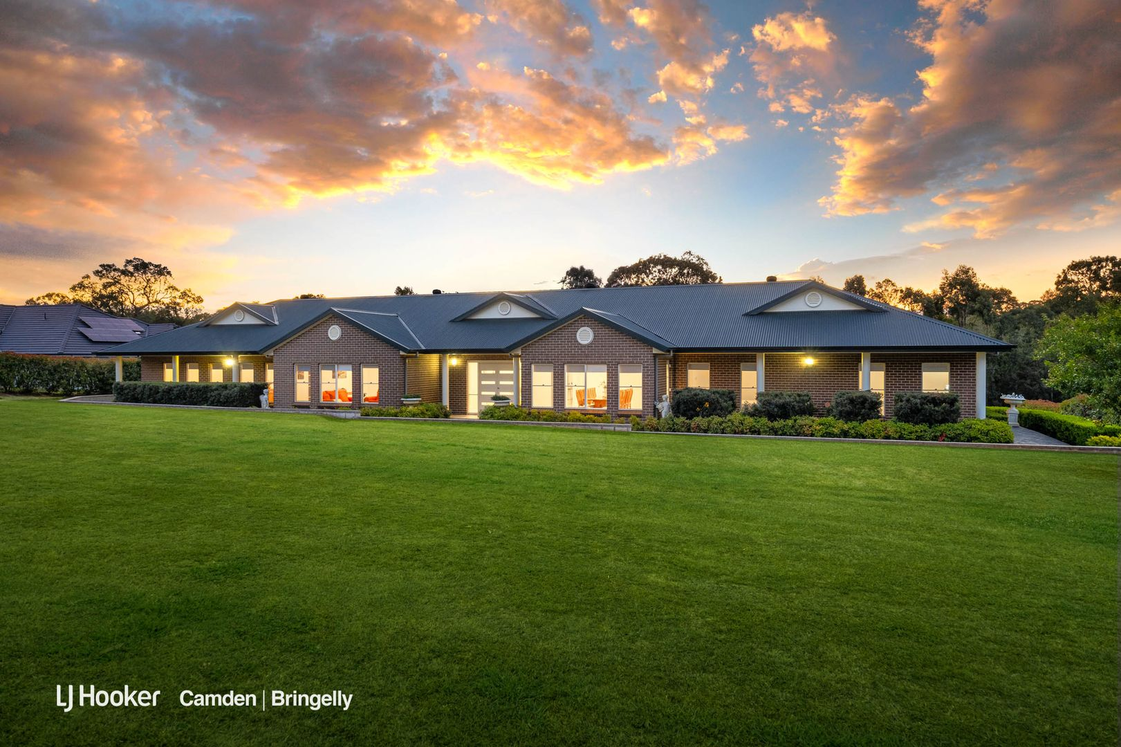 37 Sickles Drive, Grasmere NSW 2570, Image 0