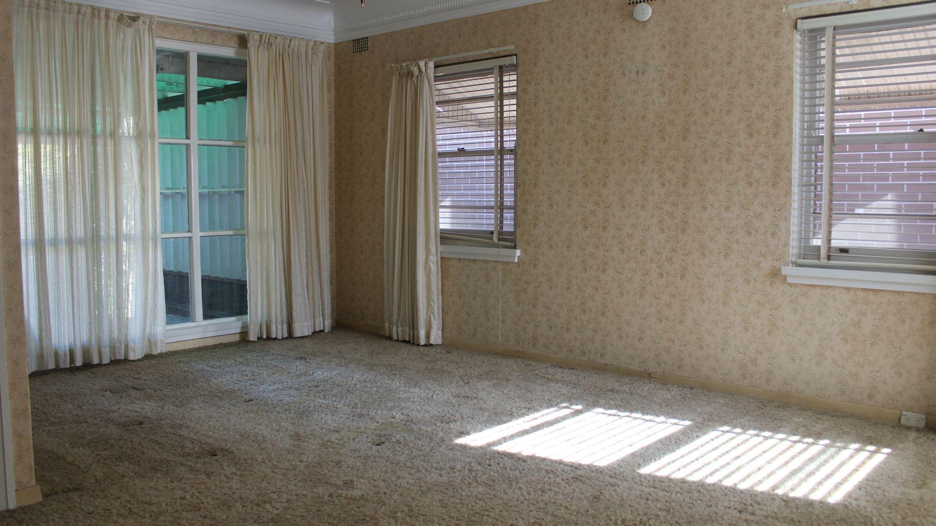 15 Henderson Street, Denistone East NSW 2112, Image 2