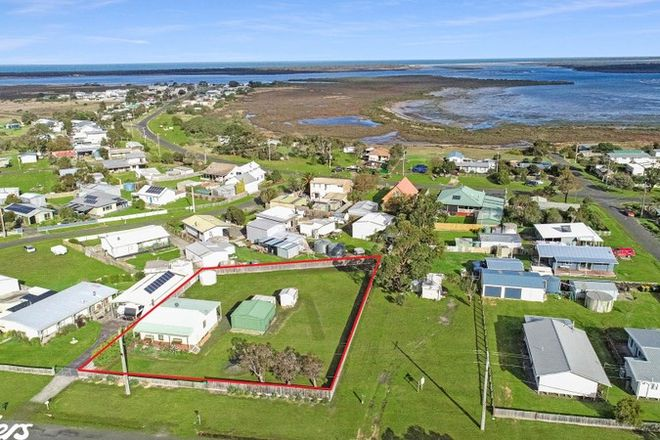 Picture of 19 CHRISTOPHER STREET, MCLOUGHLINS BEACH VIC 3874