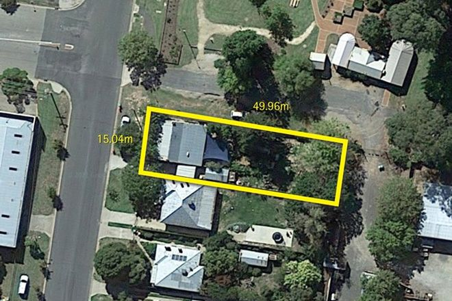 Picture of 300 Olive Street, SOUTH ALBURY NSW 2640