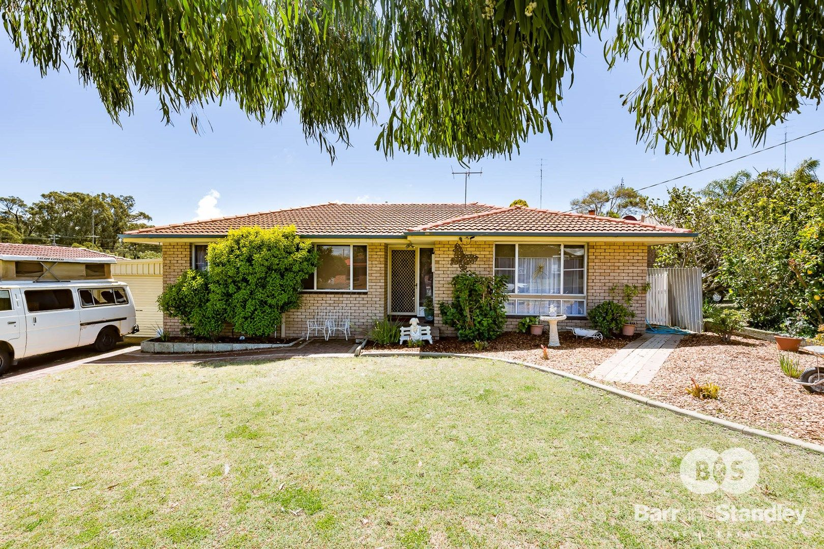 8 Roscommon Place, Withers WA 6230, Image 0