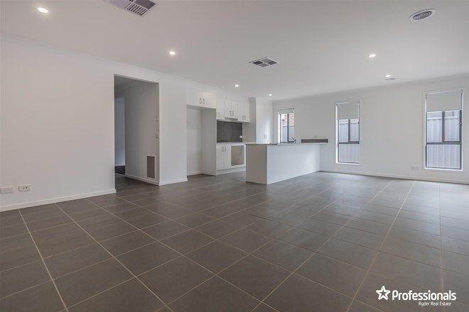 Picture of 10 Avonmore Way, MELTON SOUTH VIC 3338