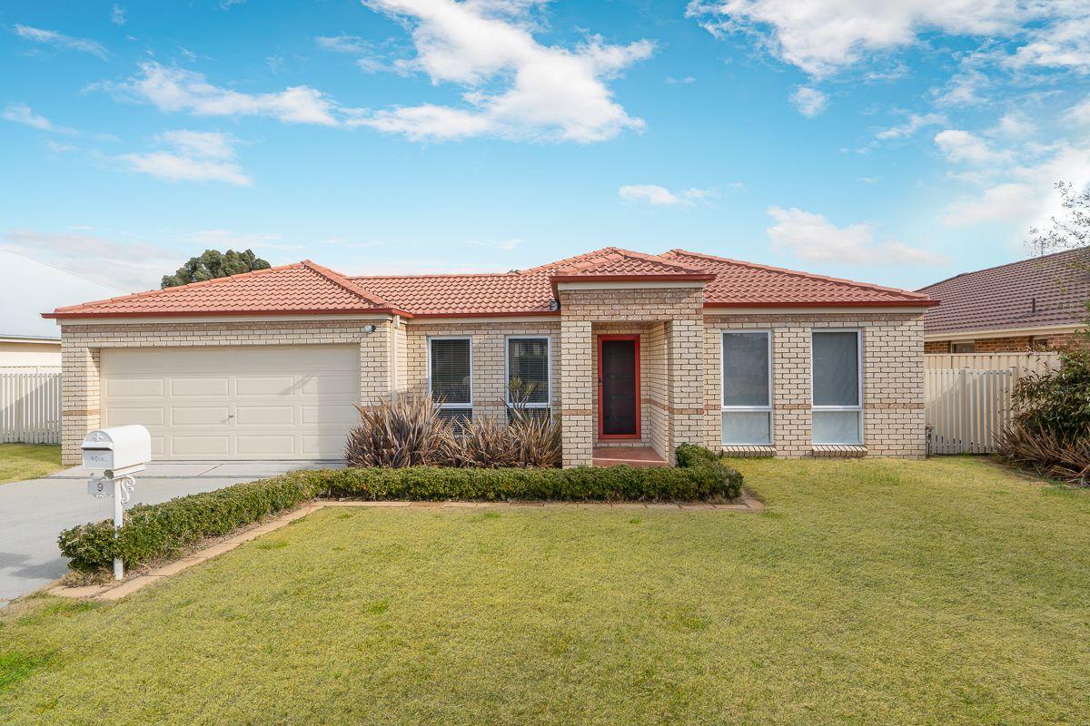 9 Brooklands Drive, Orange NSW 2800, Image 0