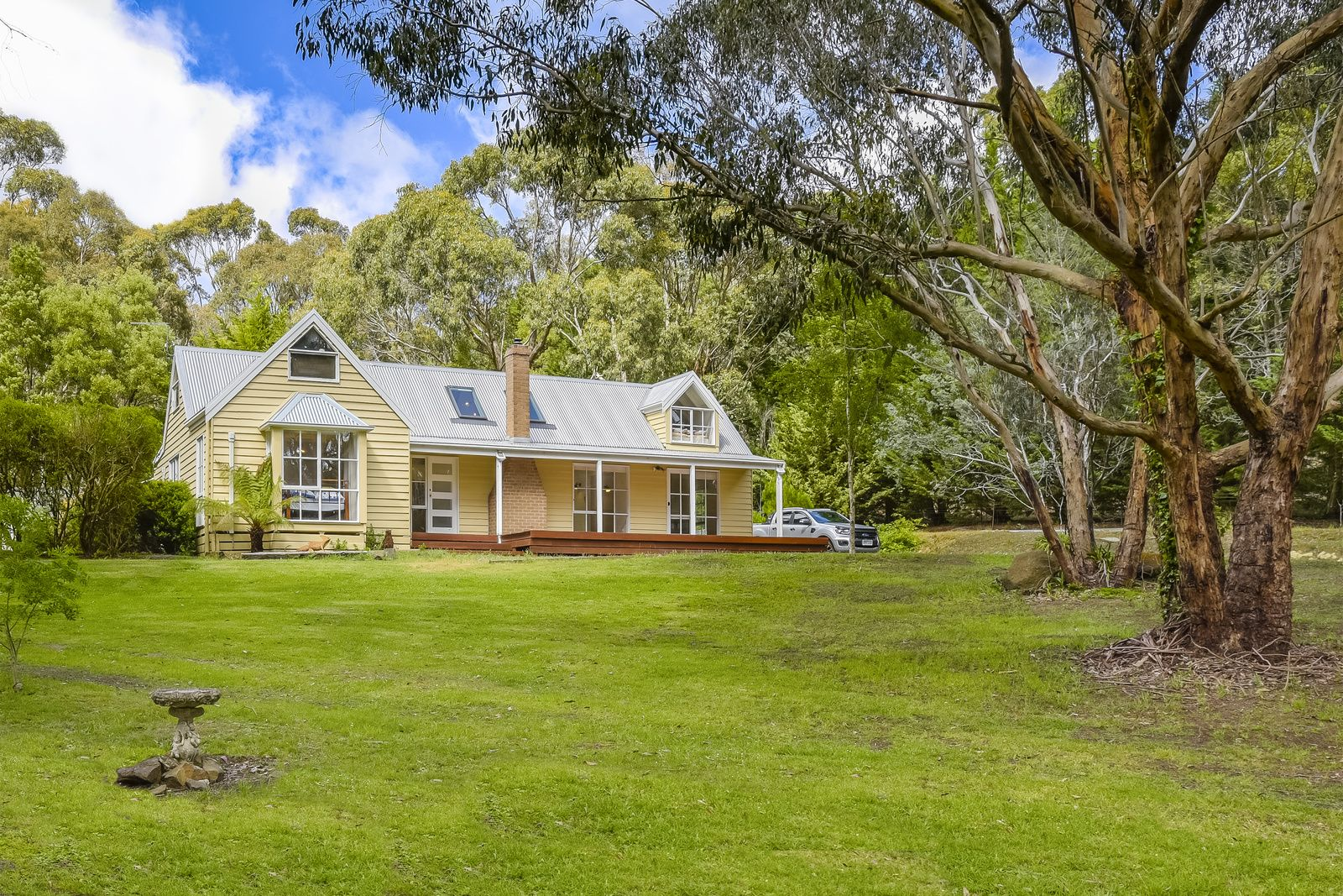 10 Dafter Road, Woodend VIC 3442, Image 0