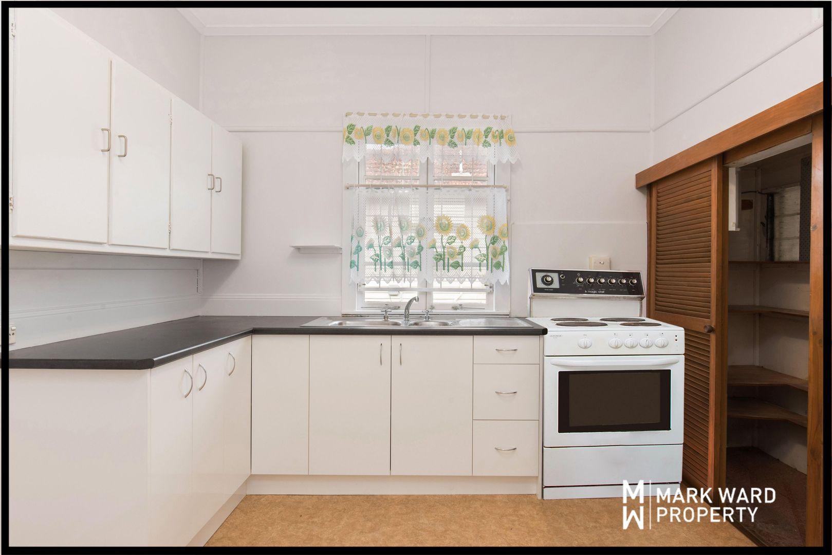 131 Henson Road, Salisbury QLD 4107, Image 2