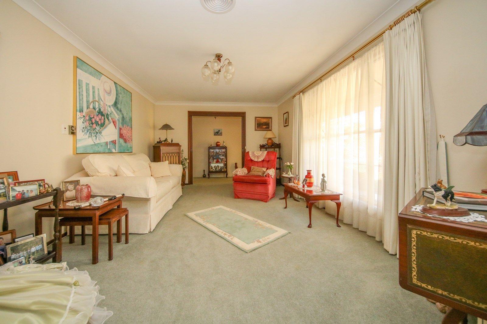 225 Browning Street, Bathurst NSW 2795, Image 2