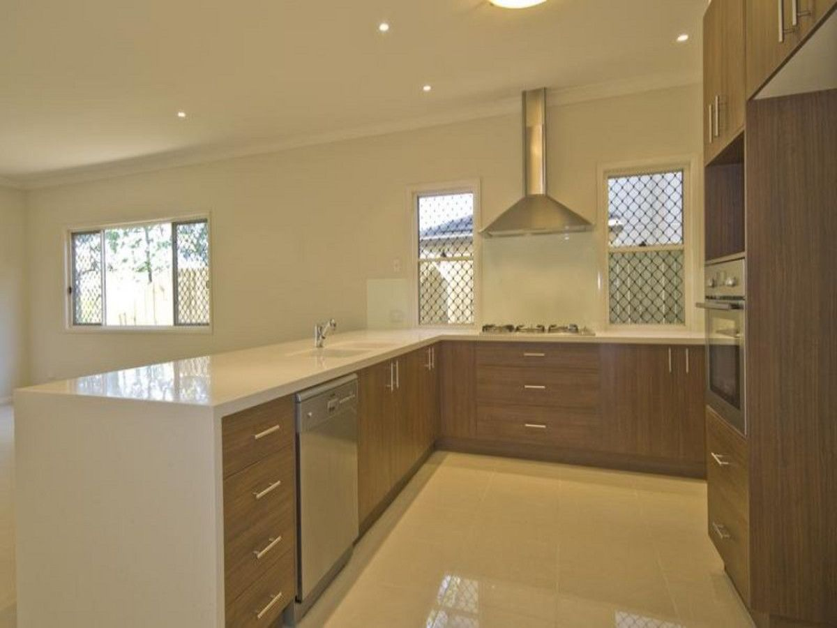 19 Usher Street, Indooroopilly QLD 4068, Image 2