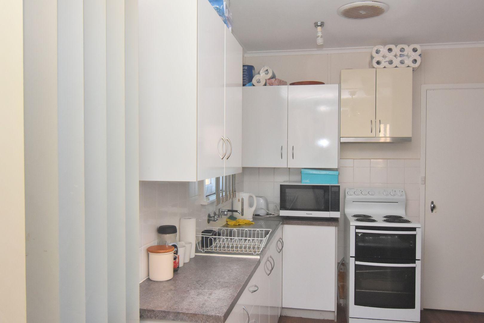 10 BEATTIE STREET, Temora NSW 2666, Image 1