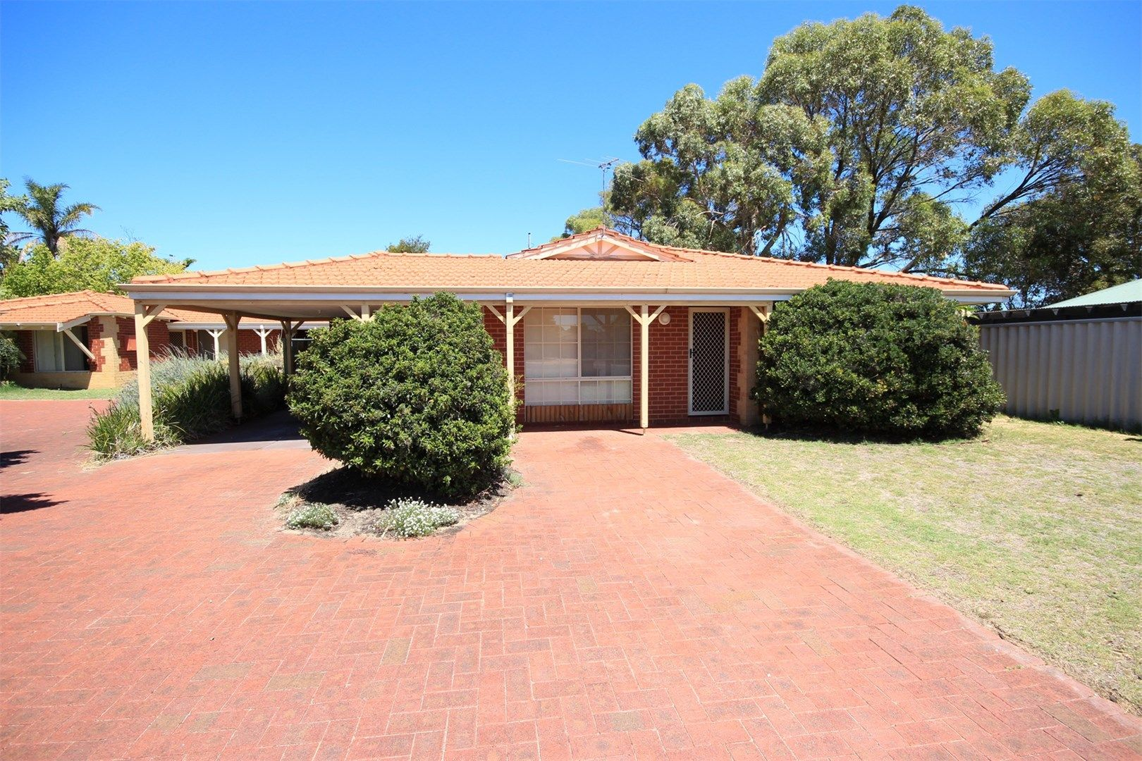 18b Requa Crescent, Warnbro WA 6169, Image 0