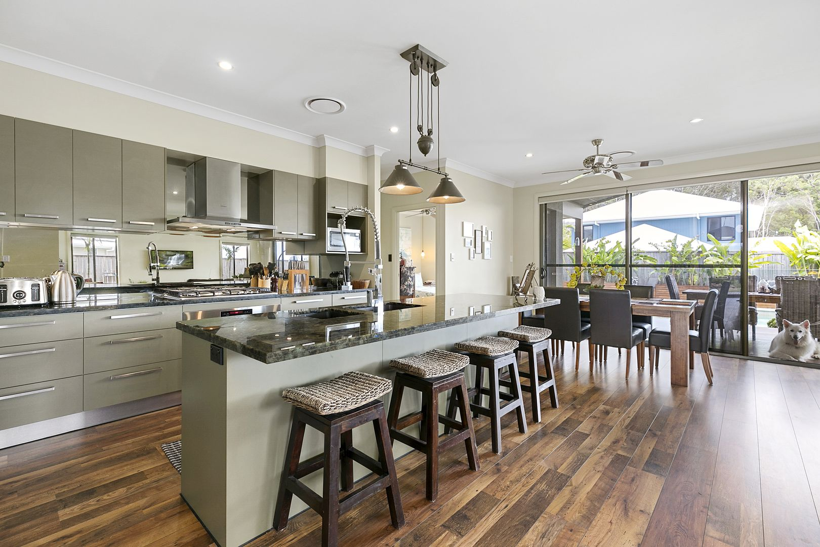 4 Starling Crescent, Peregian Springs QLD 4573, Image 2