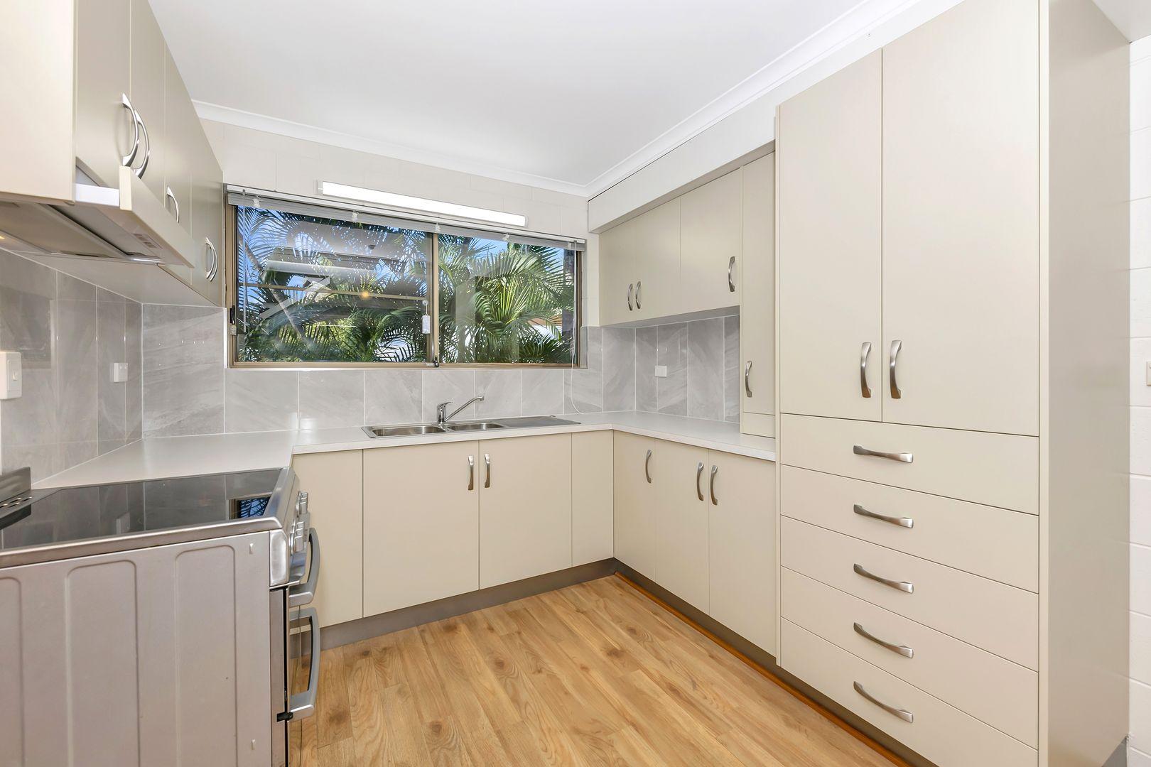 1/25 Flowers Street, Railway Estate QLD 4810, Image 0