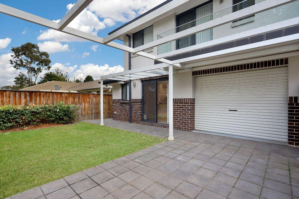 Villa 3/2 York Road, Emu Plains NSW 2750, Image 2