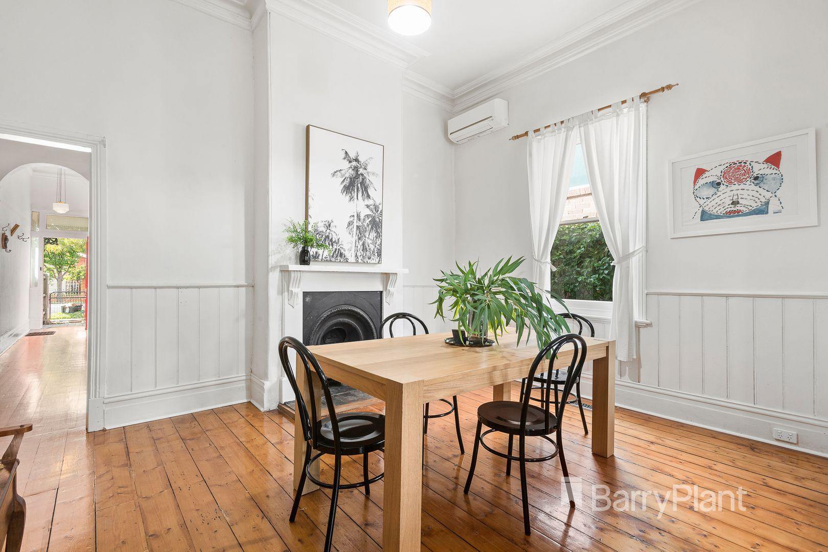 27 Sutherland Street, Coburg VIC 3058, Image 2