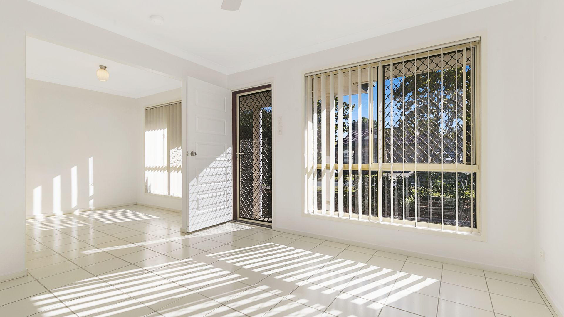 42 Antrim Street, Acacia Ridge QLD 4110, Image 2