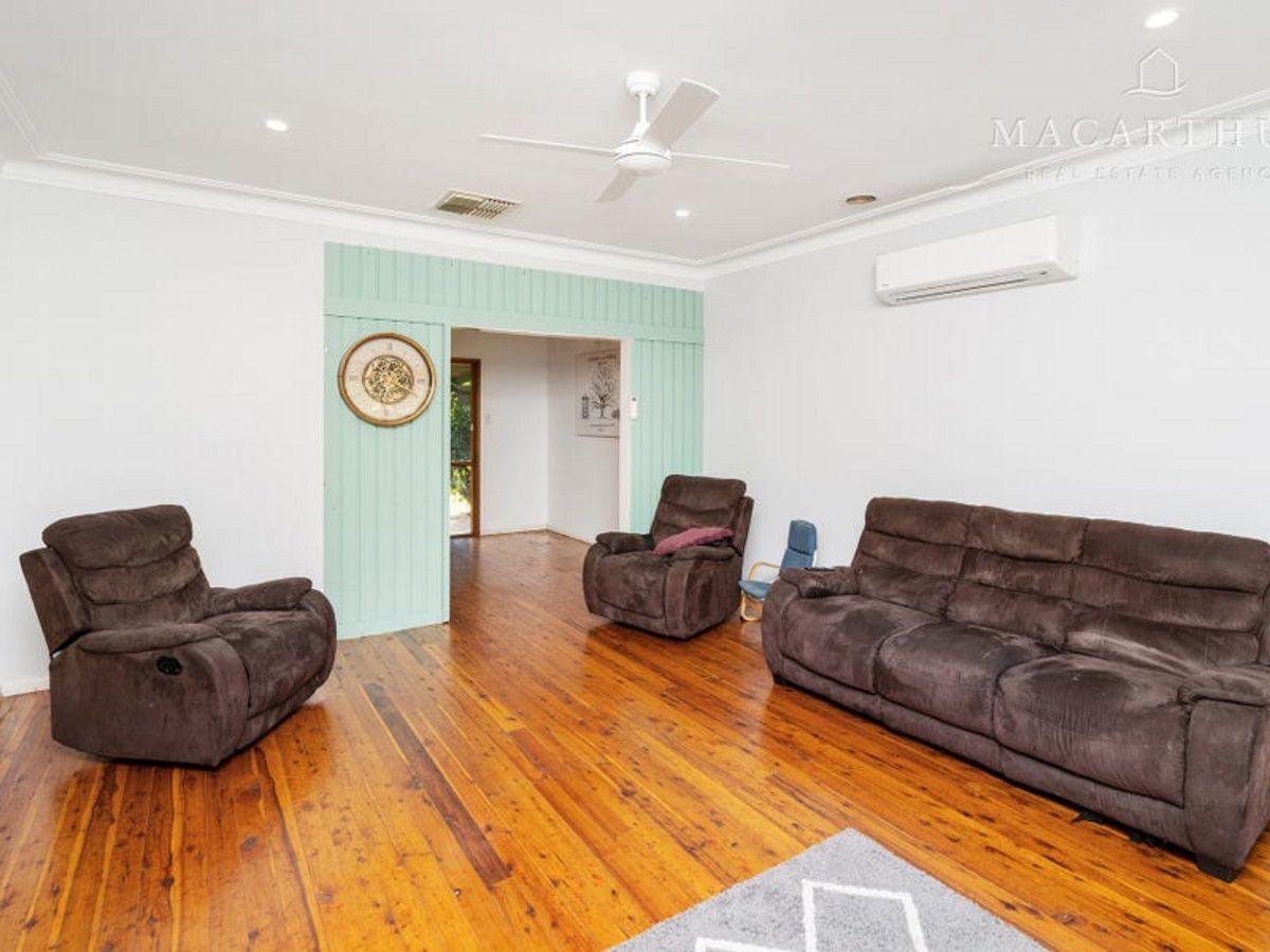 25 Leavenworth Drive, Mount Austin NSW 2650, Image 2