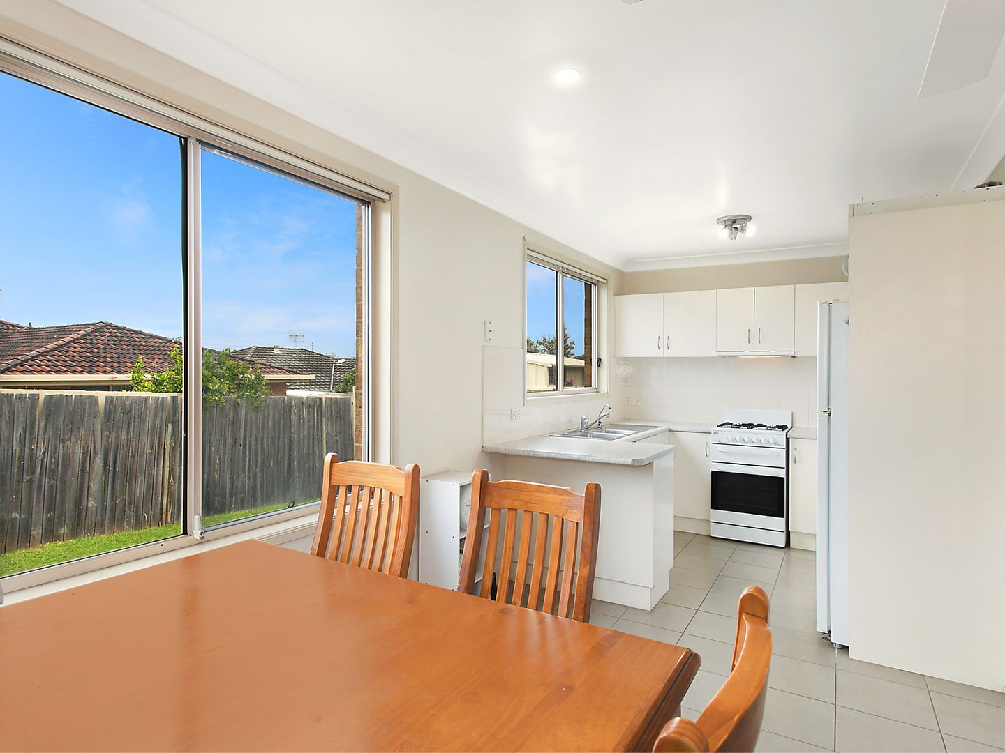 23 Waugh  Close, Blue Haven NSW 2262, Image 2