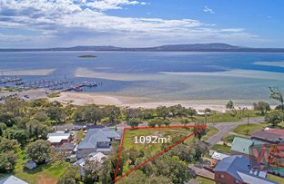 Picture of 2 Hunter Street, Emu Point WA 6330