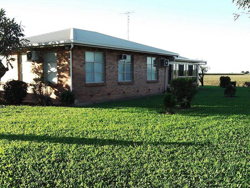 16 Ayr Dalbeg Road, Ayr QLD 4807, Image 2