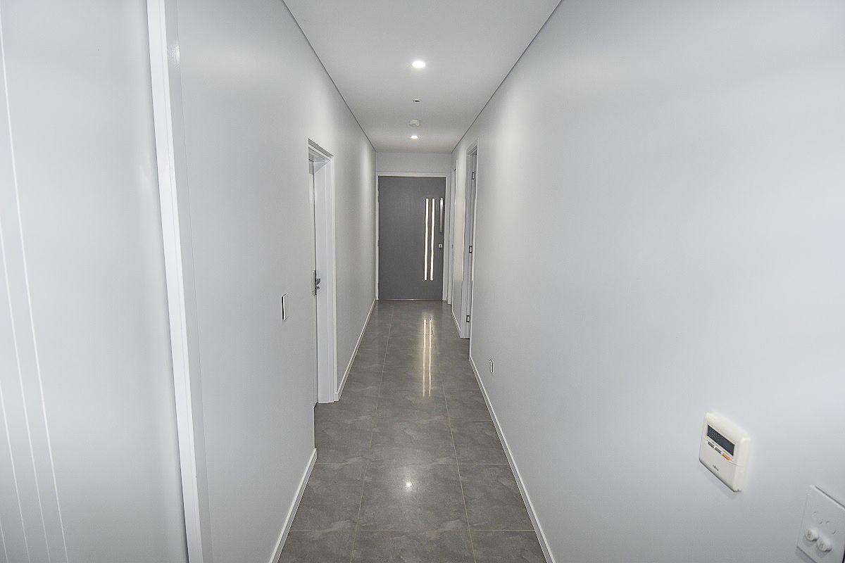 1A Morris Street, Toll QLD 4820, Image 1