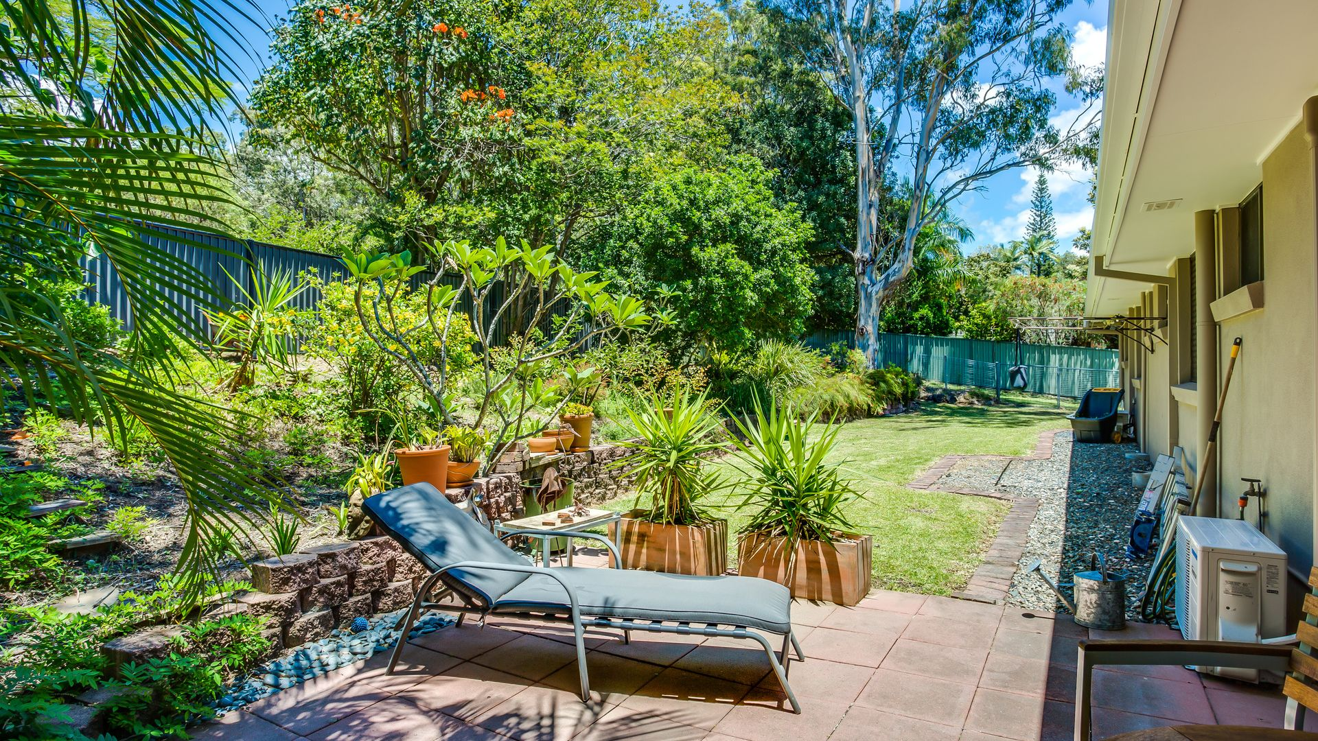 65 Alison Road, Carrara QLD 4211, Image 2