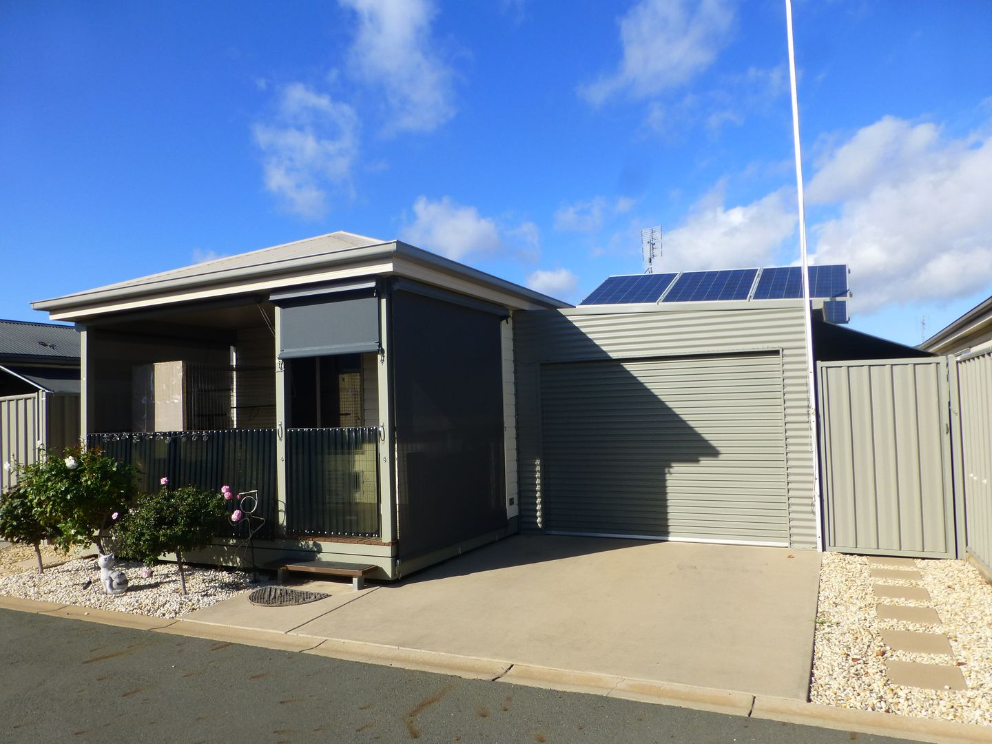 Unit 18, 65-73 Northern Highway (Sun River Home Park), Echuca VIC 3564, Image 0
