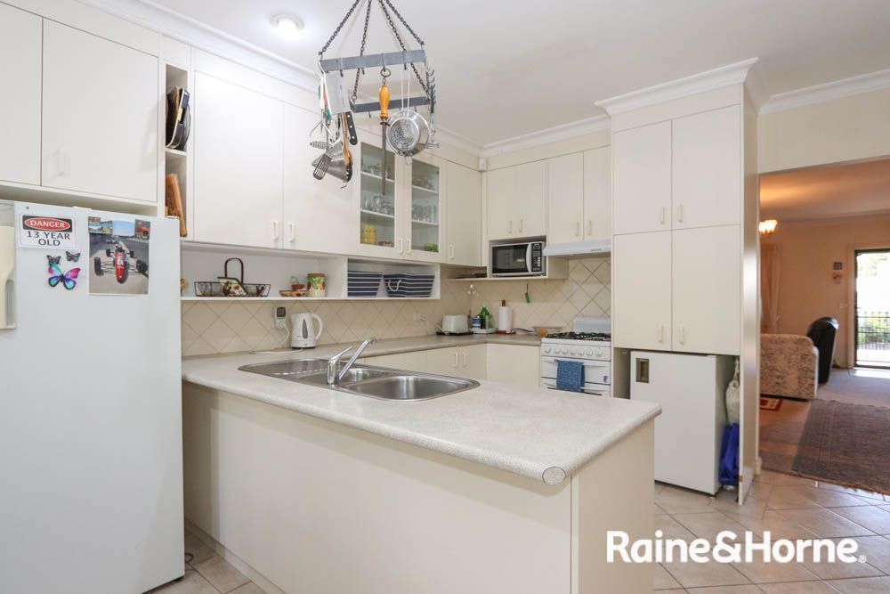 11 Devonshire Lane, Bathurst NSW 2795, Image 1