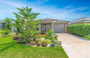 Picture of 9 Ravensbourne Crescent, North Lakes QLD 4509