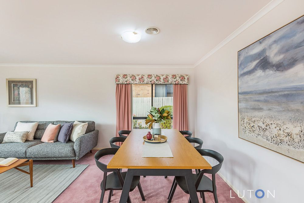16 Oxenham Circuit, Gordon ACT 2906, Image 2