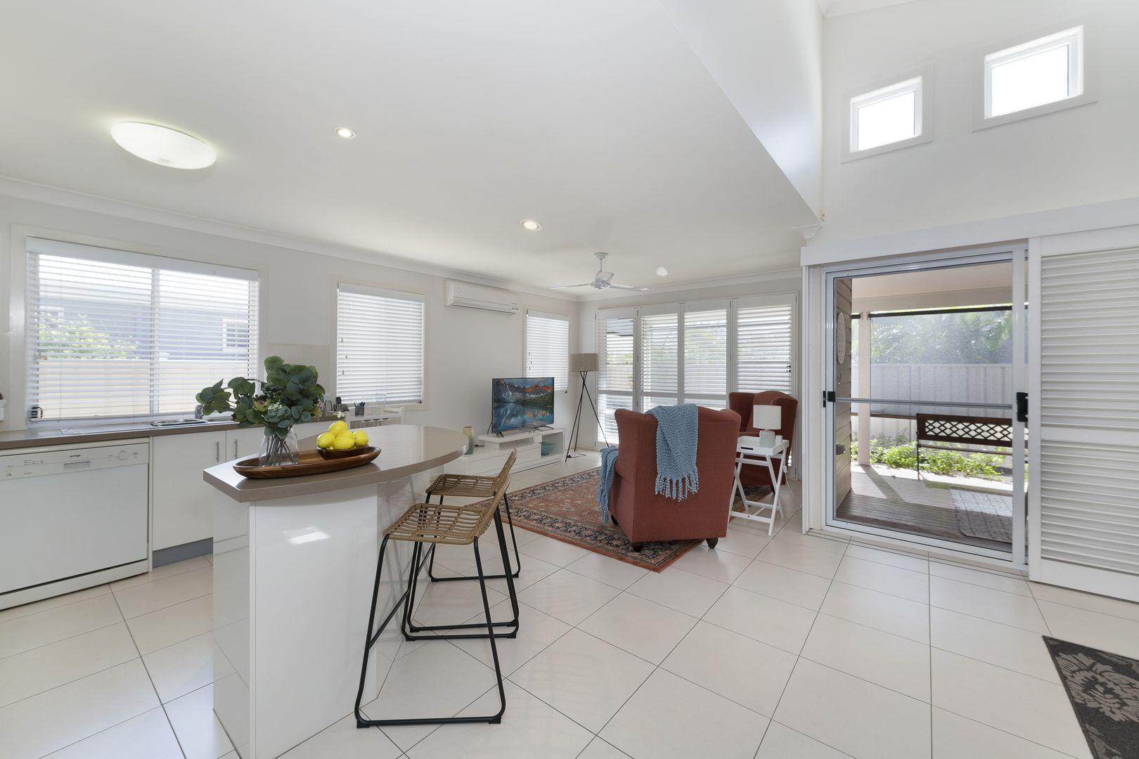 105/39 Wearing Road, Bargara QLD 4670, Image 1