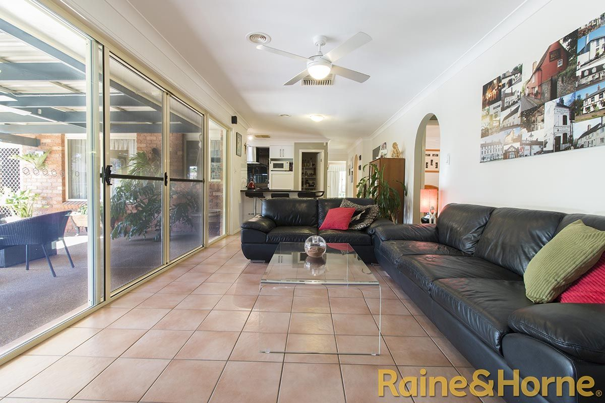 15 O'Connor Place, Dubbo NSW 2830, Image 2