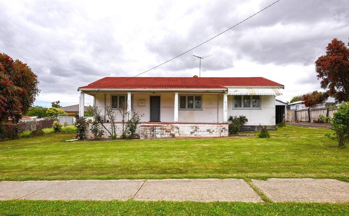 55 Frederic Street, Midland WA 6056 - House For Rent - $250