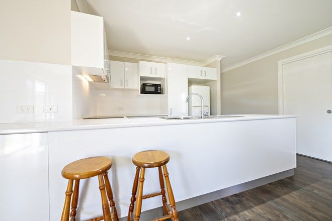 Picture of 2/46 Macleay Street, DUBBO NSW 2830