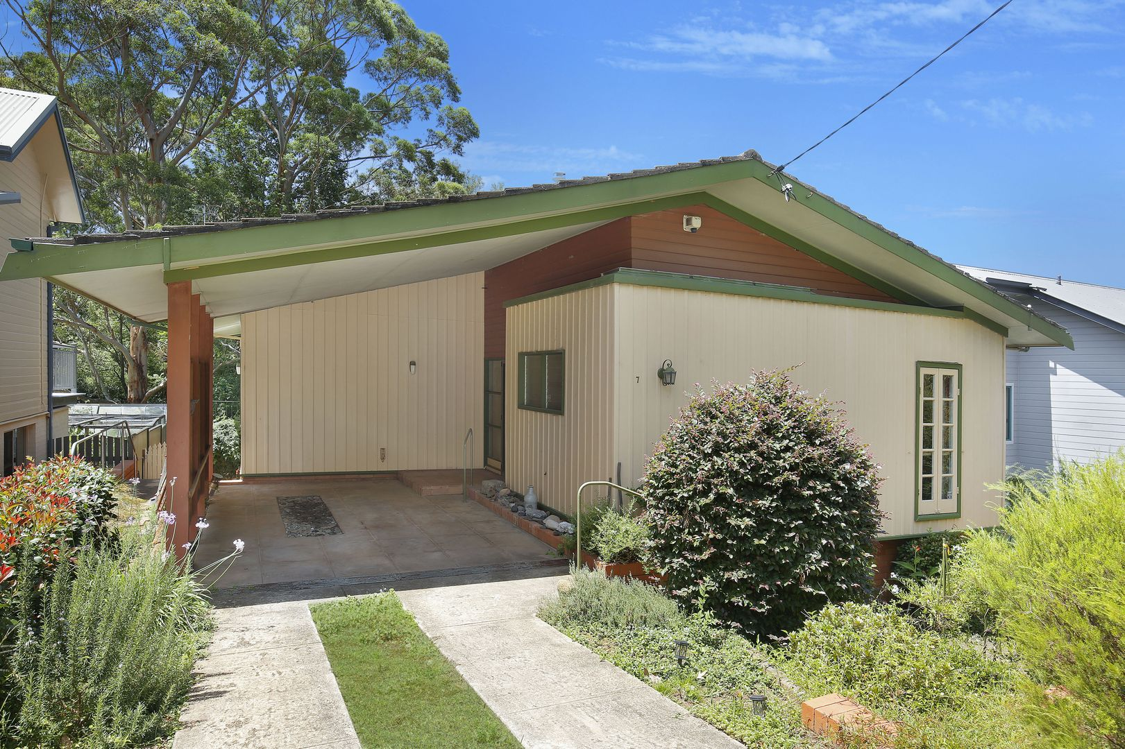 7 Araluen Avenue, Mount Kembla NSW 2526, Image 0