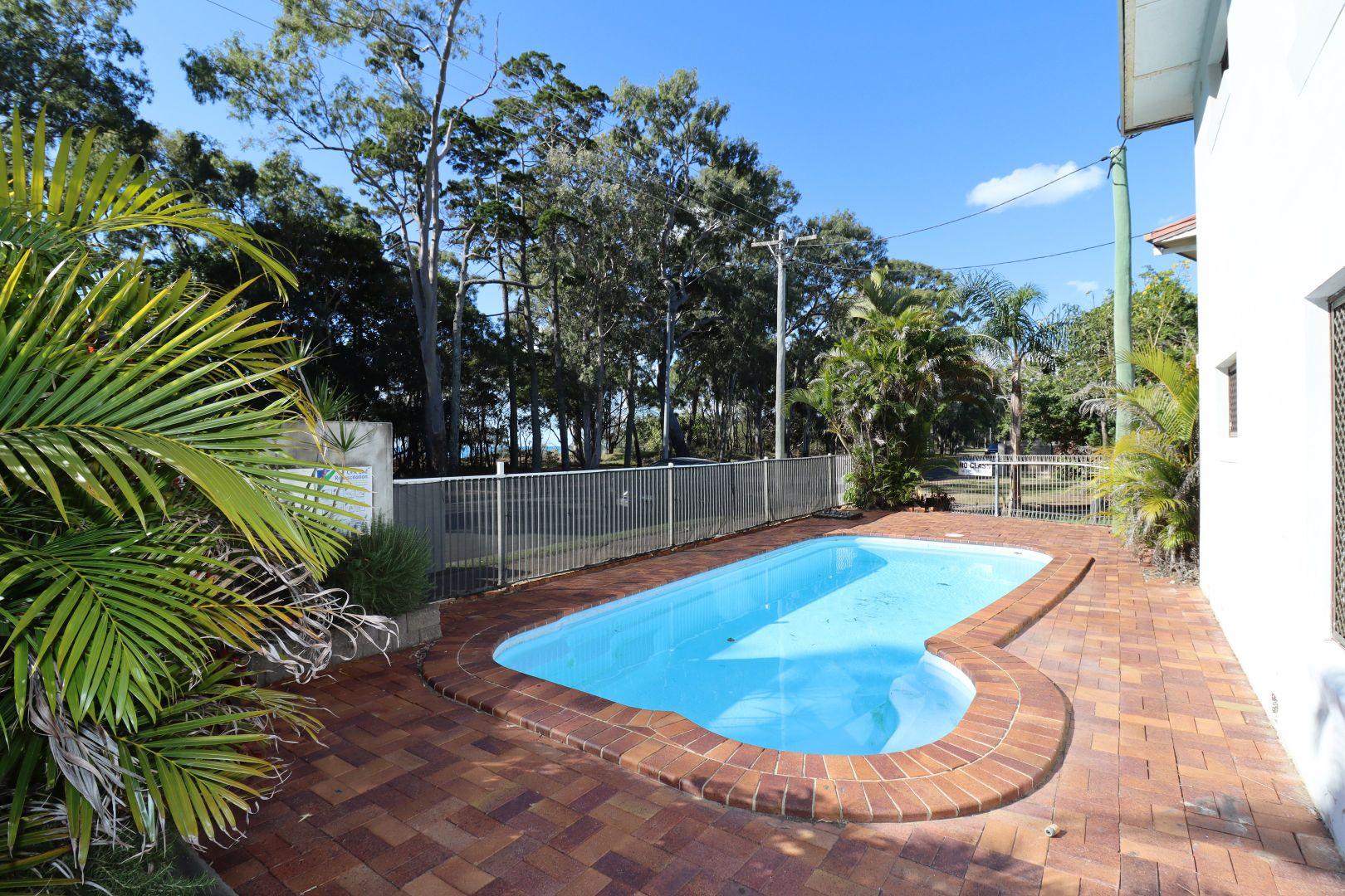 4/480 Esplanade, Torquay QLD 4655, Image 2