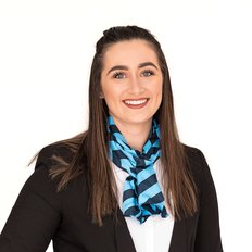 Bianca Hollingsworth, Sales representative
