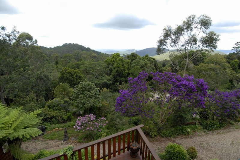 4 Ted Street, Mount Glorious QLD 4520, Image 2