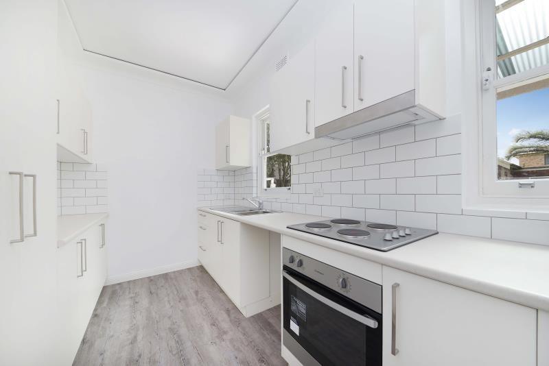 30 McDougall Street, Kensington NSW 2033, Image 2
