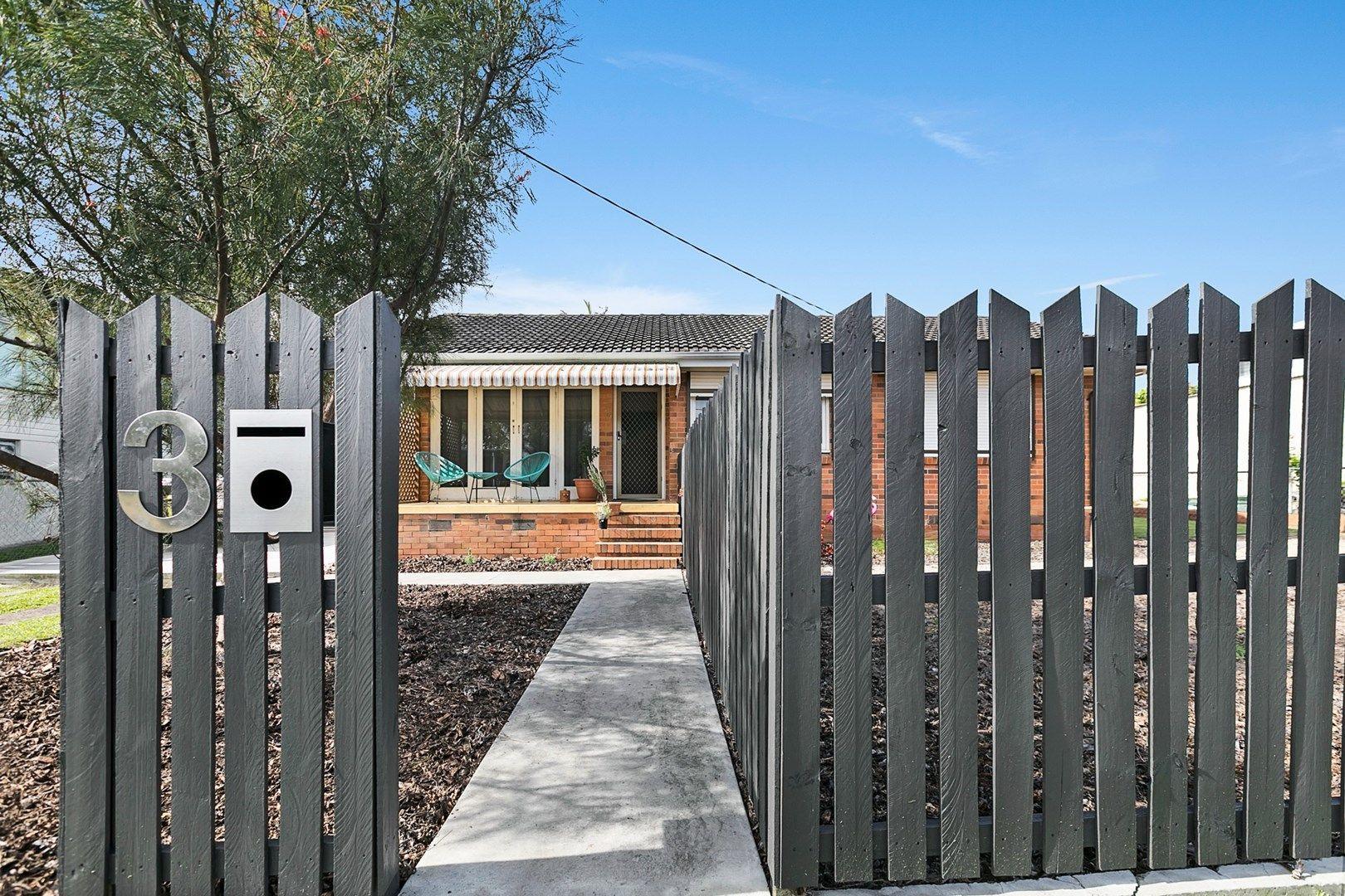 3 Samantha Street, Wynnum West QLD 4178, Image 2