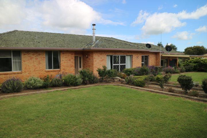 638 Furracabad Road, Glen Innes NSW 2370, Image 0