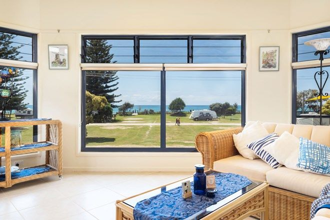 Picture of 68 Ocean Road, BROOMS HEAD NSW 2463