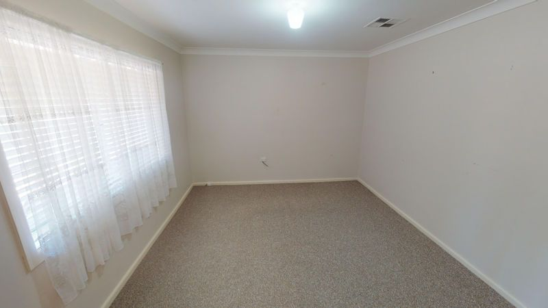 14 George St, Junee NSW 2663, Image 2