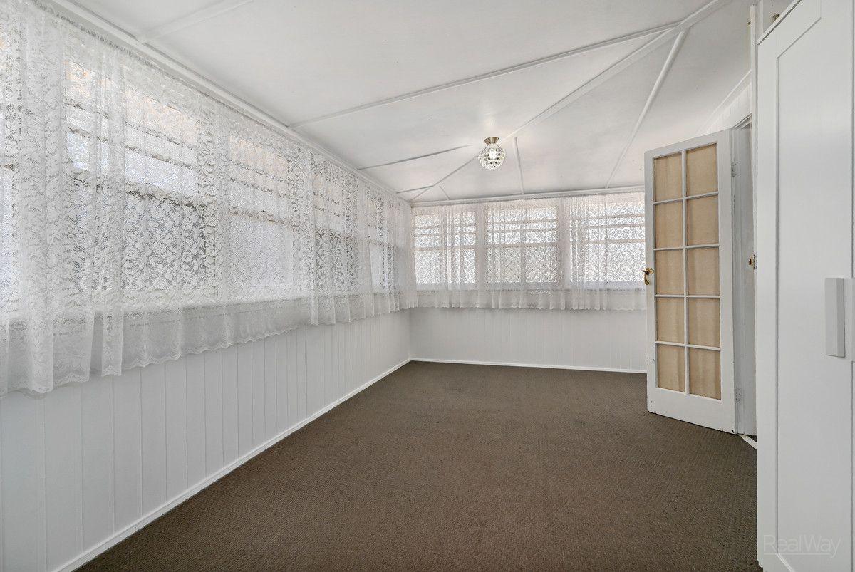 149 Holberton Street, Newtown QLD 4350, Image 2