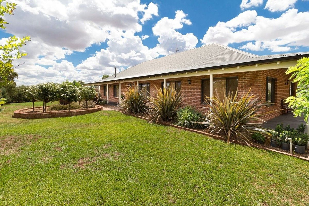 2972 Mitchell Highway, Molong NSW 2866, Image 0