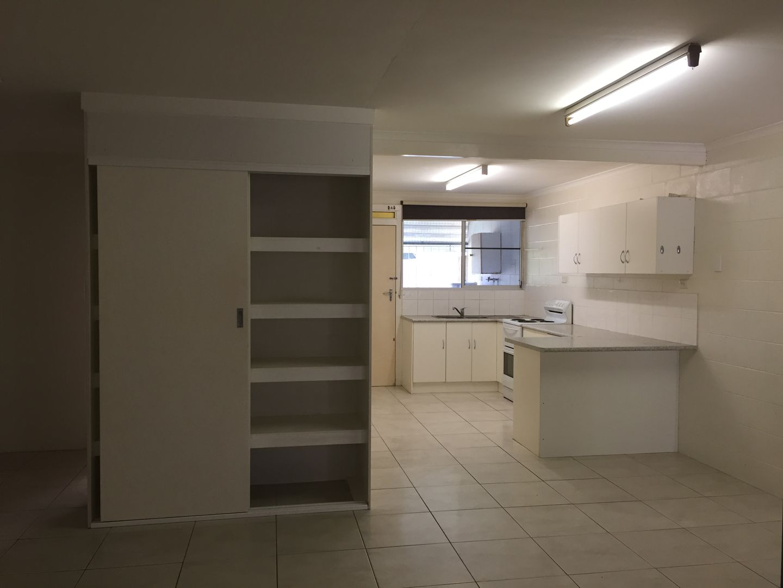 2/137 Albert Street, Cranbrook QLD 4814, Image 2