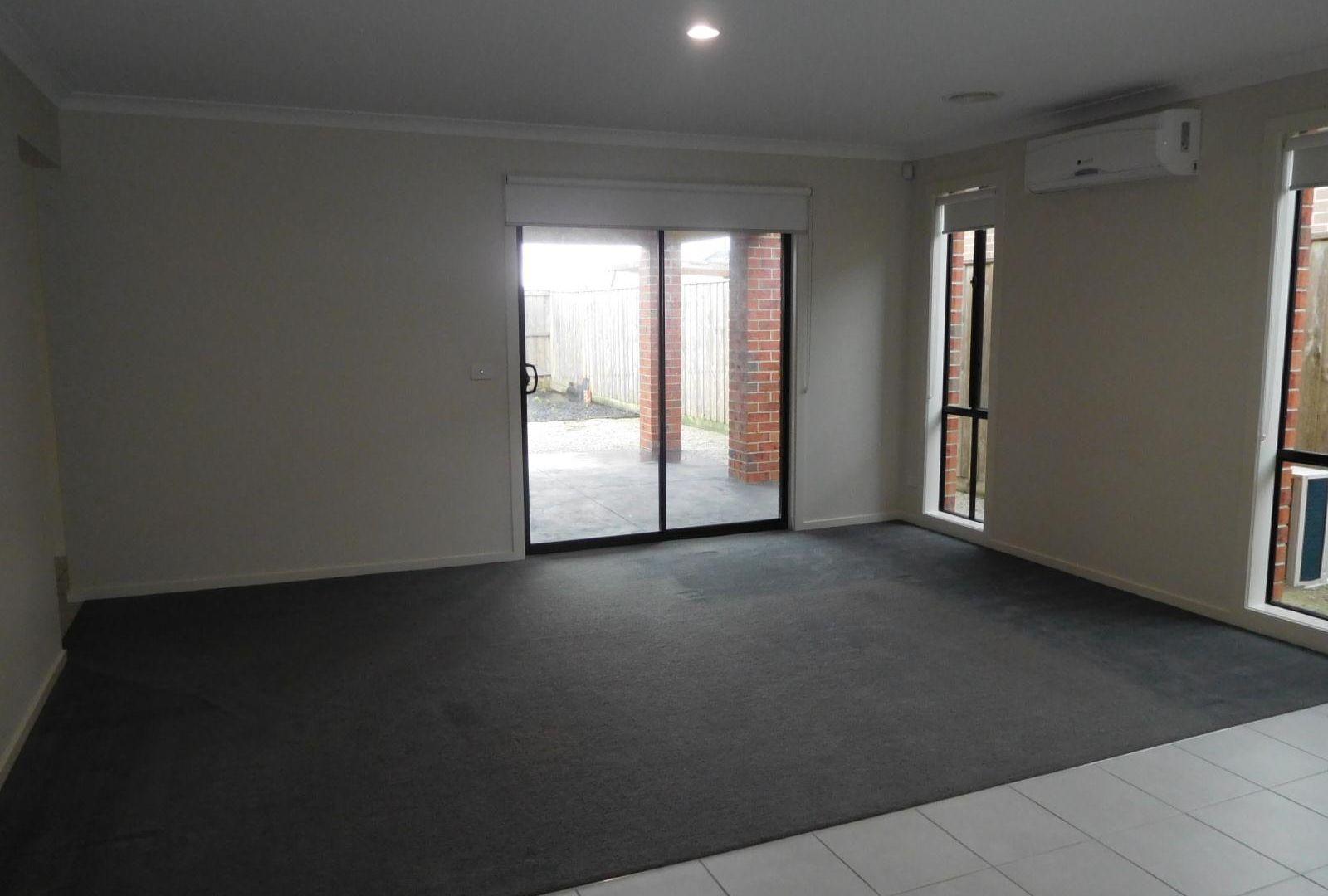 103 Henry Road, Pakenham VIC 3810, Image 2