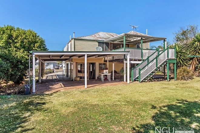 Picture of 28 Railway Street, BOOVAL QLD 4304
