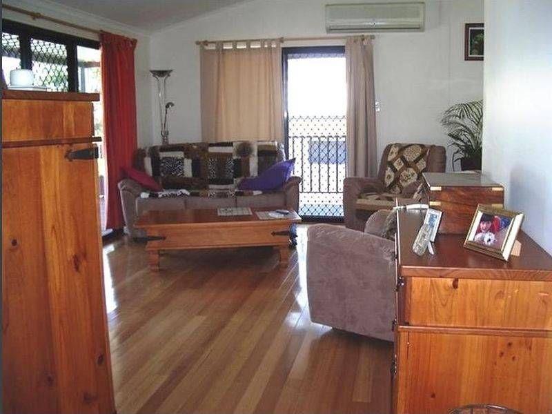 11 Cross Street, Macleay Island QLD 4184, Image 1