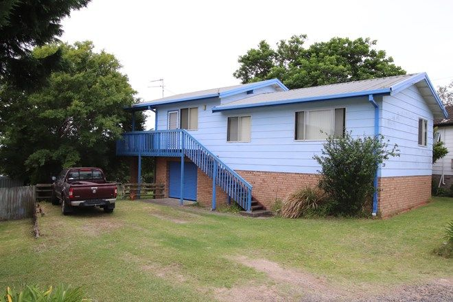 Picture of 20 Andrew Avenue, TUROSS HEAD NSW 2537